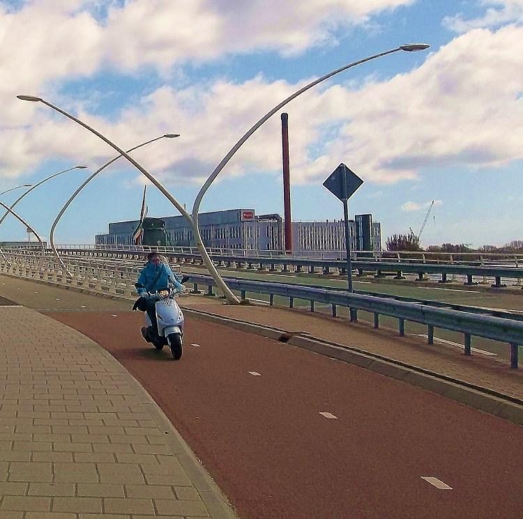 The bike lane to Zaanse Schans