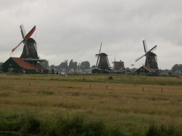 Crossing Windmill blades at Zaanse Schans